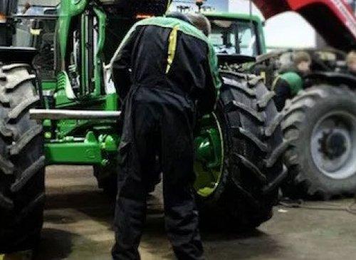 Macchine operatrici e macchine agricole: più tempo per la revisione