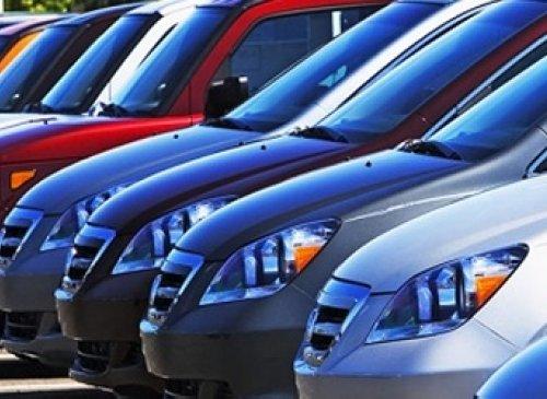Obblighi di comunicazione in materia di acquisto e di scambio di autovetture di provenienza intracomunitaria